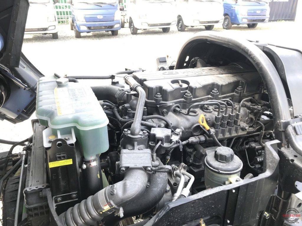 Hyundai 110SL