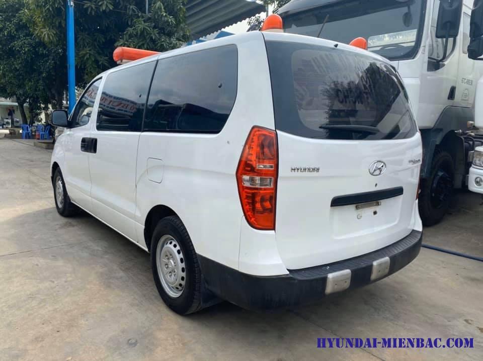 Hyundai Starex Cứu Thương